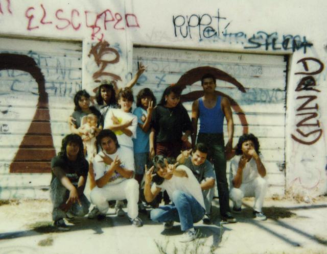 Miembros de la clica Western Locos de la Mara Salvatrucha Stoners a mediados de los 80 en Los Ángeles. Uno de ellos, el Puppet, regresó años después a El Salvador y vivió en la colonia Amatepec de San Salvador, donde murió asesinado.